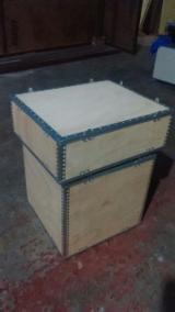 Boîtes - Caisses - Emballages - Vend Boîtes - Caisses - Emballages Nouveau All Over World Inde