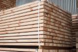 Nadelschnittholz, Besäumtes Holz Kiefer Pinus Sylvestris - Rotholz Zu Verkaufen - Kiefer  - Rotholz