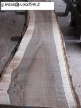 Finden Sie Holzlieferanten auf Fordaq - Woodlink IT g.l. - Blockware, Walnuss