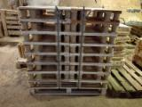 Wood Pallets - New Fir / Spruce / Pine Supermarket Pallets