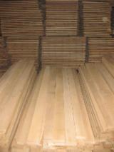 Laubschnittholz, Besäumtes Holz, Hobelware  Zu Verkaufen Lettland - Bretter, Dielen, Eiche, FSC