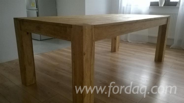 vend table de salle manger contemporain bois massif feuillus temp r s ch ne europ en. Black Bedroom Furniture Sets. Home Design Ideas