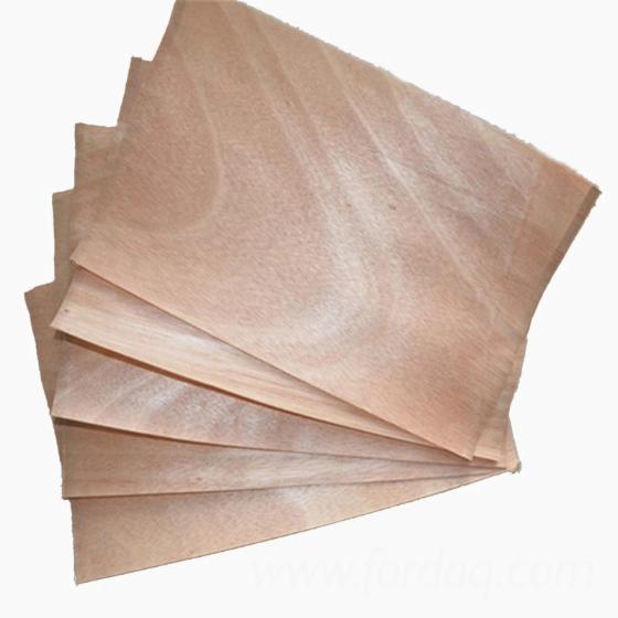 Okoume-rotary-cut-veneer-for