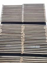 Romania Supplies - Oak  Stave Woods  3/4 FN from France