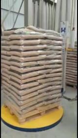 Drva Za Potpalu - Pelet - Opiljci - Prašina - Ivice ISO-9000 - Bor  - Crveno Drvo Drveni Peleti ISO-9000 Brazil