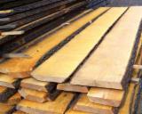 Laubholz  Blockware, Unbesäumtes Holz Zu Verkaufen Russland - Loseware, Eiche