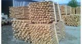 Poutresrondes En Forme Conique à vendre - Vend Poteaux Pin  - Bois Rouge, Epicéa  - Bois Blancs