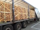 Firewood, Pellets And Residues Kindlings Fire Starter Wood - KD Oak Firewood on Pallets