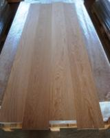 We produce oak lamellas 7% (±1,5) humidity. About 25 000 sqm per month