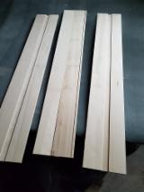 Edge Glued Panels Glued Discontinuous Stave  - Poplar 10-30 mm Glued (Discontinuous Stave)  European hardwood Romania
