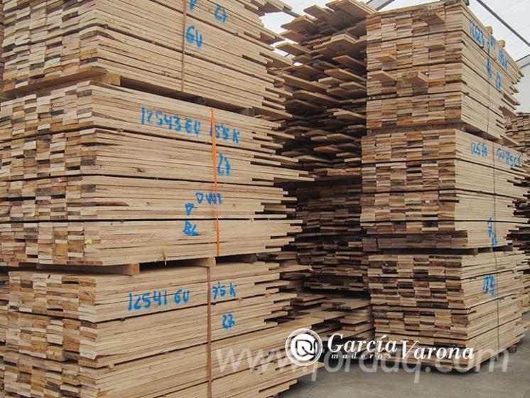 European Dry Oak Planks, KD, 27 x 135 x 2500-4900 mm