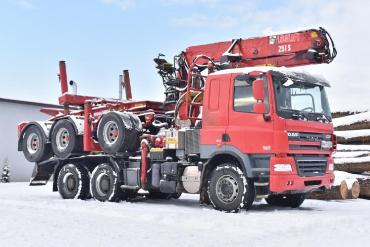 Used-DAF-CF85-460-2012-Short-Log-Truck