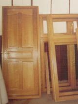 Двері, Вікна, Сходи CE - Європейська Деревина Твердих Порід, Жалюзі , Деревина Масив, Дуб, CE, Фарба