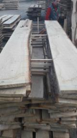 Hardwood - Square-Edged Sawn Timber - Lumber Supplies - Fresh cut Oak ABC grade thickness 26/30 mm