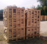 Bois de chauffage, Granulés et résidus - Bois de chauffage - de l'aulne, le bouleau, le tremble, le charme, le chêne et le frêne