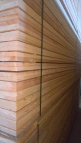 Nadelschnittholz, Besäumtes Holz Zu Verkaufen - Fichte  - Weißholz, FSC