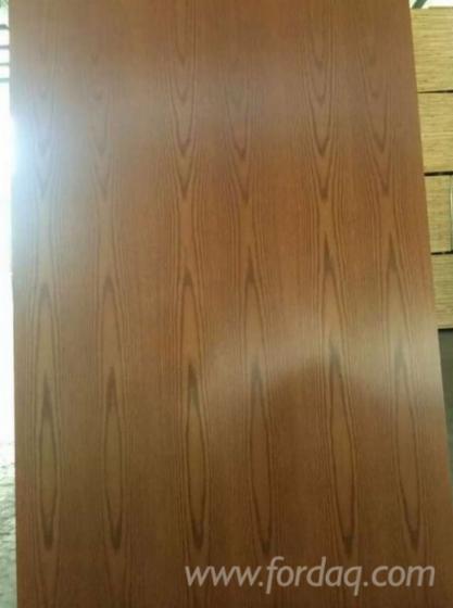 UV-Coated-Red-Oak-Plywood