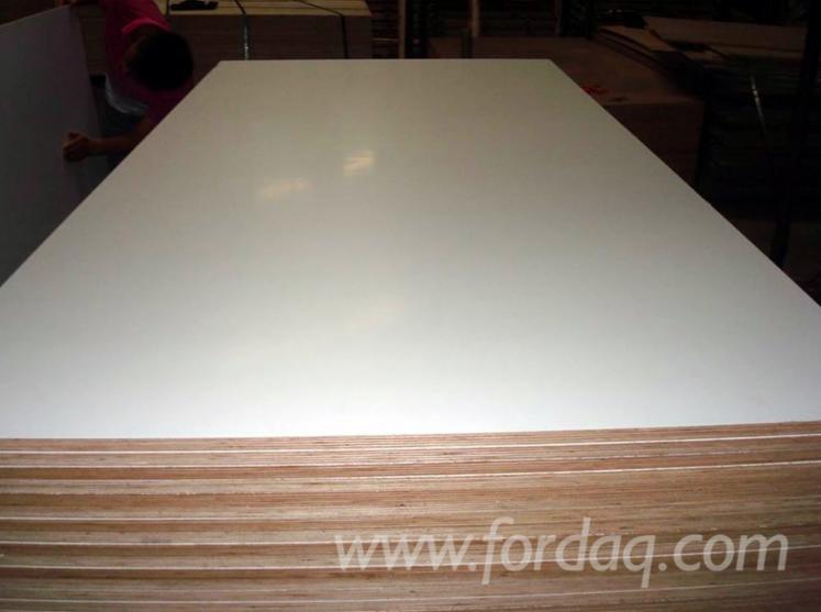 18mm-warm-white-melamine-plywood-poplar-core-wbp