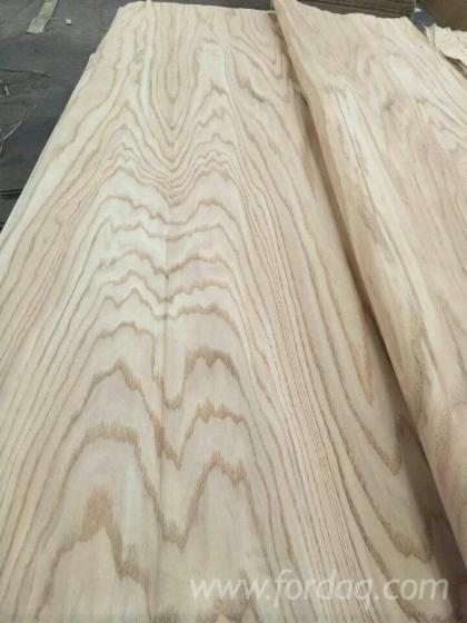 Red-Oak-Rotary-Cut--Veneer