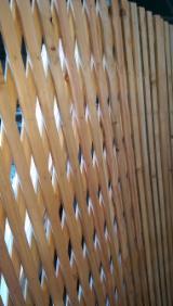批发庭院产品 - 上Fordaq采购及销售 - 落叶松, 栅栏-屏风