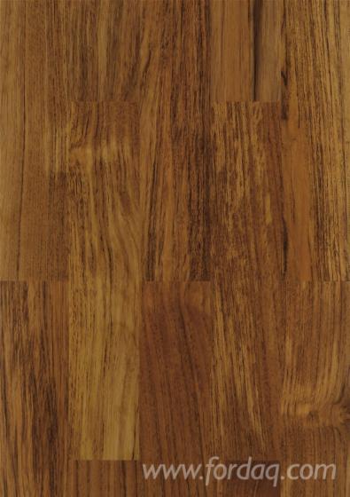 vend parquet massif bois debout teak 10 mm italie. Black Bedroom Furniture Sets. Home Design Ideas