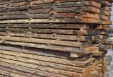Laubholz  Blockware, Unbesäumtes Holz Zu Verkaufen Rumänien - Loseware, Eiche