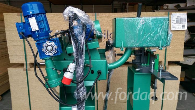 Auto-sharpening-machine---dilator-for-band-saws-Drozdowski-OW4--