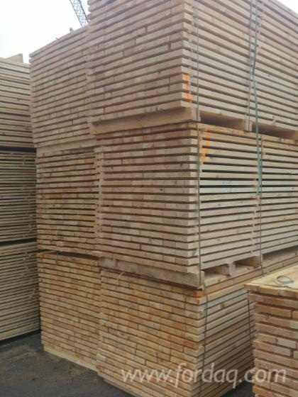 Fresh spruce and pine sawn timber