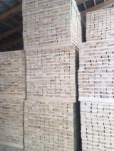 Schnittholz - Besäumtes Holz Zu Verkaufen - Fichte  , 37 - 1000 m3 pro Monat
