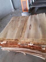 Tranchage Vietnam - Vend Placage Reconstitué Eucalyptus