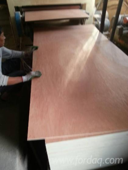 Bintangor-Plywood-with-Cheap-Price
