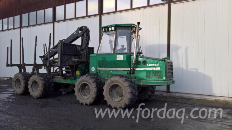 Used-Logset-5F-2007-Forwarder