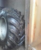 Forstmaschinen - Lkt 81 Breitreifen