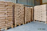 Wholesale Biomass Pellets, Firewood, Smoking Chips And Wood Off Cuts - FSC Pine  - Scots Pine Wood Pellets 6 mm