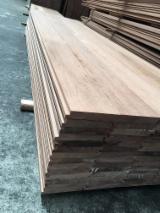 Terrassenholz Indonesien - Keruing, Belag (2 Abgestumpfte Kanten)