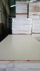 Sperrholz Indonesien - Tischlerplatten - Stabsperrholz