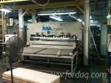 Prensa continua marca ORMAMACHINE, mod. PCC 2.500 x 1.600 mm.