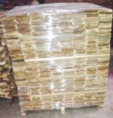 Pallets en Verpakkings Hout - Acacia, 100   - - m3 Vlek – 1 keer
