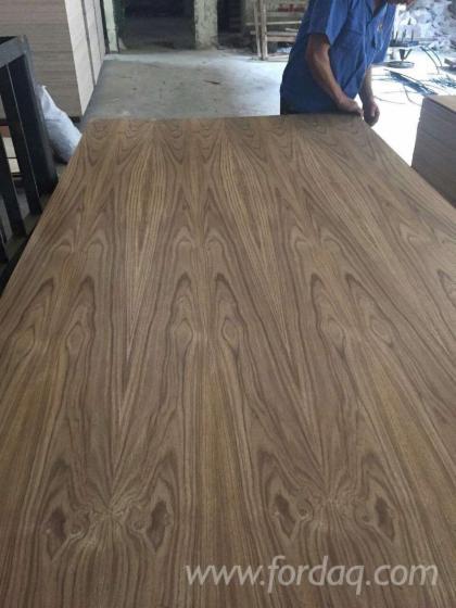 Teak-Veneered-Plywood