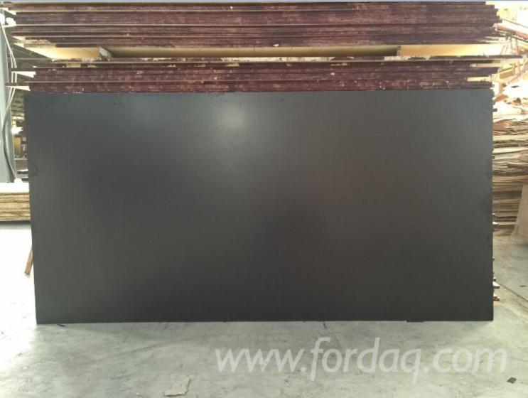 Film-Faced-Plywood--Black-Film--Hardwood-Core