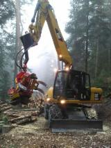 Trouvez tous les produits bois sur Fordaq - Vend Abatteuse CAT 318D Occasion 2010 Allemagne