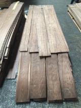Walnut Natural Veneer, Flat cut, 0.52 mm thick