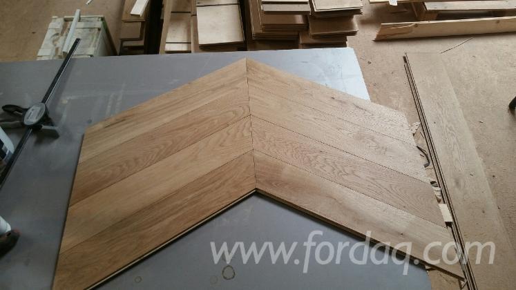 Engineered-Chevron-Wood-Flooring--One-Strip-Wide