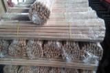 Manici di utensili o bastoni - Scopa di legno