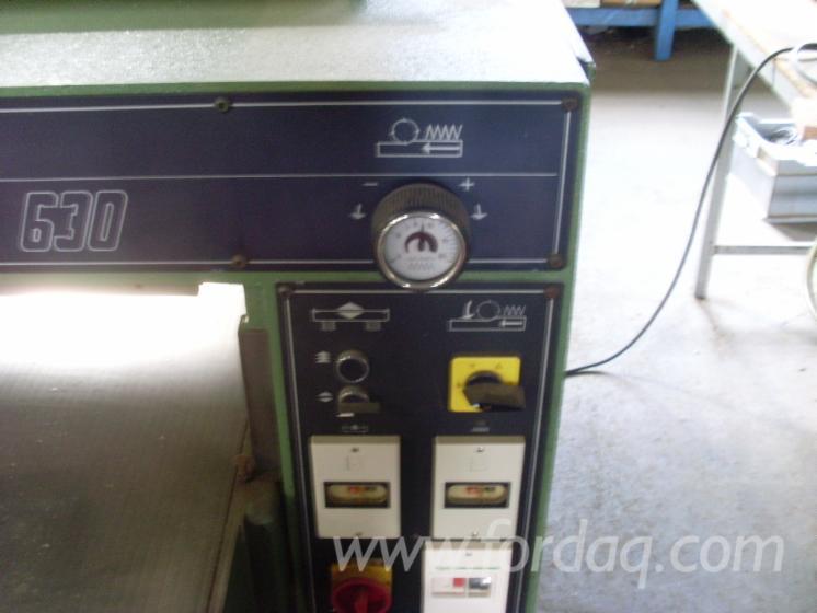 Gebraucht-SCM-UNO-Schleifmaschinen-Mit-Schleifband-Zu-Verkaufen