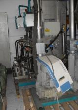 SCHIELE Woodworking Machinery - Used Schiele Vaccumat Master 2002 Spraying Booths For Sale Germany