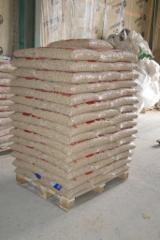 Leña, Pellets y Residuos - Venta Bolitas De Madera Abeto  - Madera Blanca Ucrania