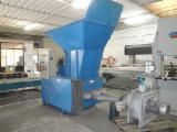 Used 2004 Shredder With Refiner - IMAS/POR ML 200