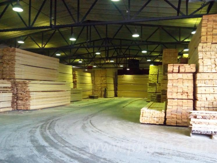 Pine---Redwood-Sawn-Lumber--KD