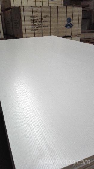 2-5-25mm-White-Woodgrain-Melamine-Plywood-For